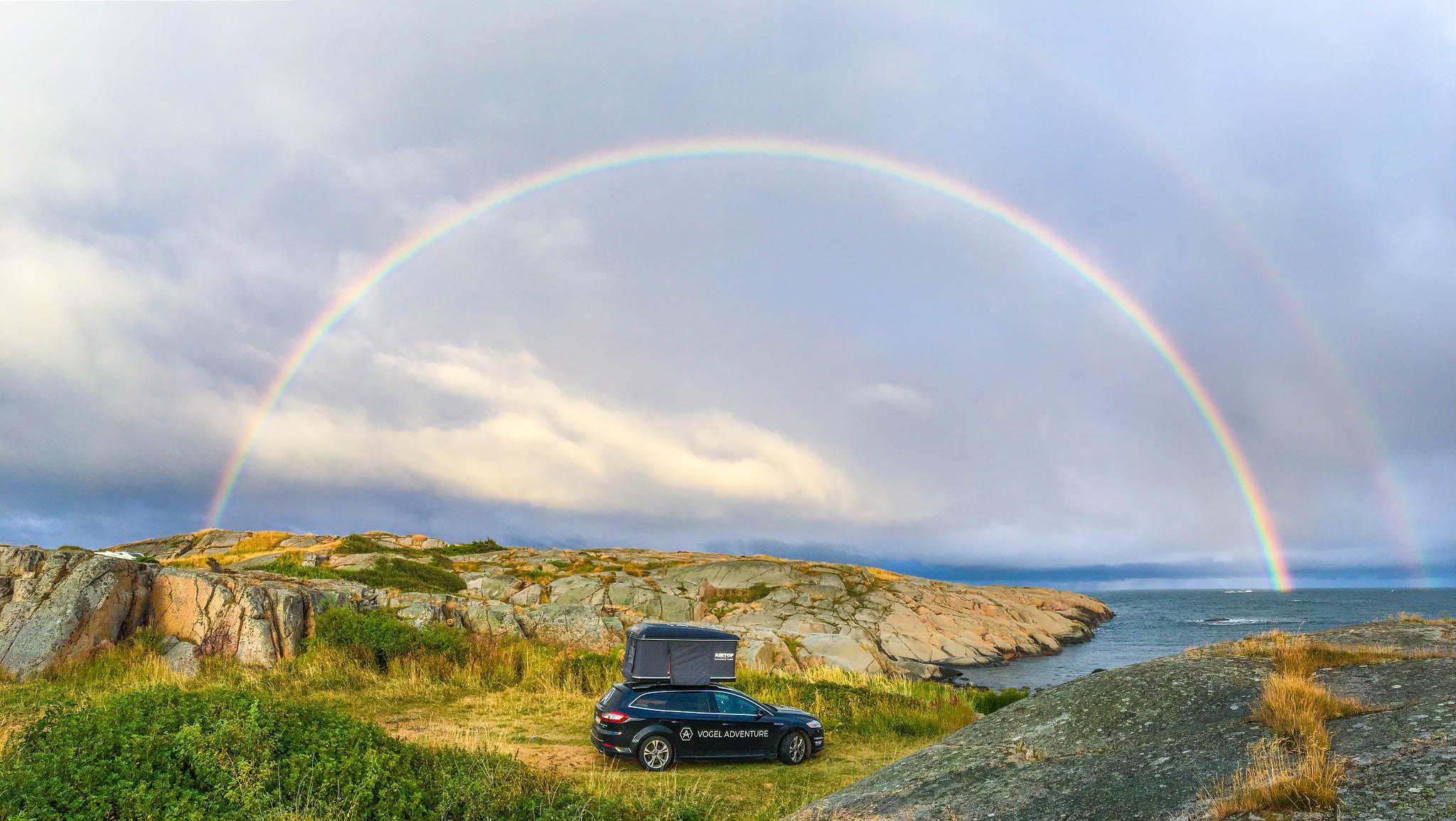 Mein schönster kompletter Regenbogen. Entstanden ist es im Sommer 2017 im Süden Norwegens bei Stavern.